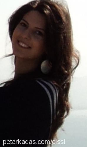 Ece Telkenar Profile Picture