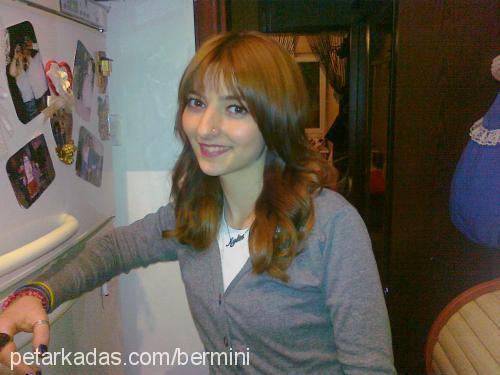 Aylin Özkan Profile Picture